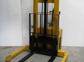 SUMI Forklift Walkie Stacker