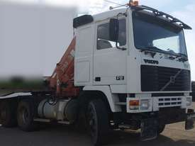 Volvo Semi Truck with FASSI Crane. EMUS NQ - picture9' - Click to enlarge