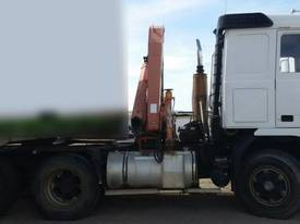 Volvo Semi Truck with FASSI Crane. EMUS NQ - picture4' - Click to enlarge