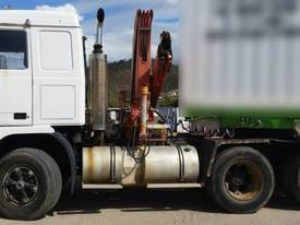 Volvo Semi Truck with FASSI Crane. EMUS NQ - picture0' - Click to enlarge