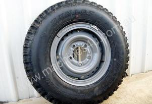 2017 Workmate Toyota Landcruiser Tyres