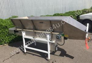Sew Belt Conveyor with Hopper