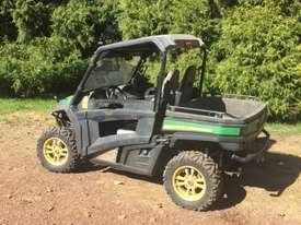 John Deere Gator - picture0' - Click to enlarge