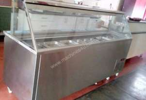 Sandwich bar and drinks refrigerated display cabin