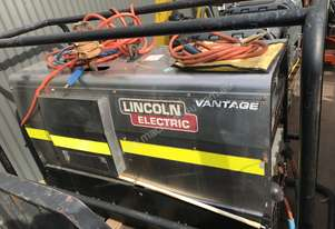 2012 LINCOLN ELECTRIC VANTAGE 400 3500 HOURS