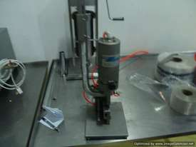 Pneumatic Metal Clipper (s/s frame) - picture0' - Click to enlarge