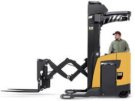 Caterpillar 2 Tonne Pantograph Single Deep Reach Truck - picture0' - Click to enlarge