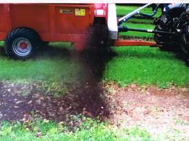 Compost/manure row spreader suit Orchard & Vineyard - picture1' - Click to enlarge