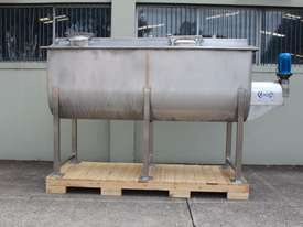 Paddle Mixer - picture10' - Click to enlarge