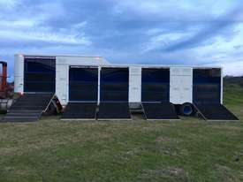 15 HORSE SEMI TRAILER HORSE FLOAT - picture14' - Click to enlarge