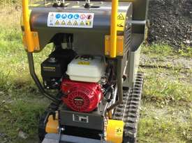 MINI DUMPERS  SKIDD STEER SELF LOADER HONDA ENGINE  - picture6' - Click to enlarge
