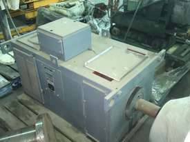 370 kw 500 hp 2000 rpm 600 volt 315 frame DC Electric Motor - picture0' - Click to enlarge