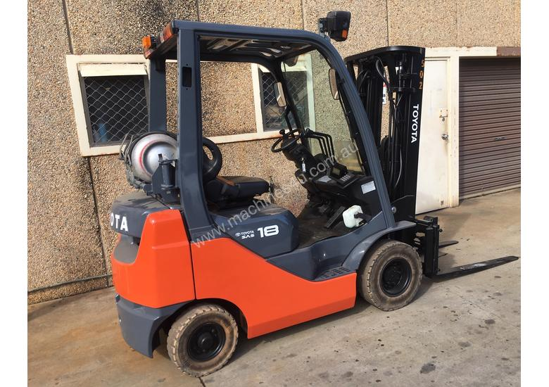 Toyota Container Mast Forklift