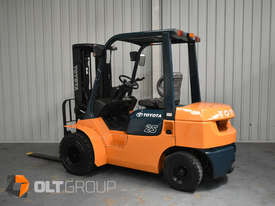 Used Toyota 7FD25 Dual Drive Forklift 2Z Diesel Engine Container Mast - picture0' - Click to enlarge