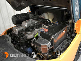Used Toyota 7FD25 Dual Drive Forklift 2Z Diesel Engine Container Mast - picture17' - Click to enlarge