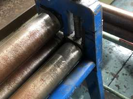 Sheetmetal Rolls Metal Curving Roller 3 foot / 900mm long - picture0' - Click to enlarge