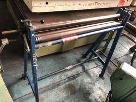 Sheetmetal Rolls Metal Curving Roller 3 foot / 900mm long - picture3' - Click to enlarge