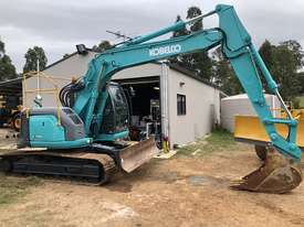 KOBELCO SK135SR 13.5T Excavator with Back Fill Blade - picture2' - Click to enlarge