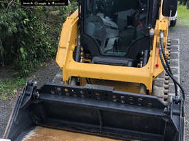 2016 CAT 239D Skid Steer, only 438hrs.  MS521 - picture3' - Click to enlarge