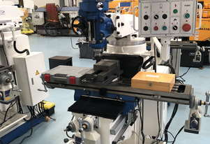 PUMA X6323B TURRET MILLING MACHINE | SINGLE PHASE | DIGITAL READOUT | 230 X 1246MM TABLE
