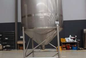 Stainless Steel Mixing Tank - Capacity 3,000 Lt