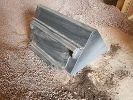 Narrow GP Bucket - picture2' - Click to enlarge