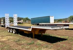 STEEL BROS 42ft step deck trailer