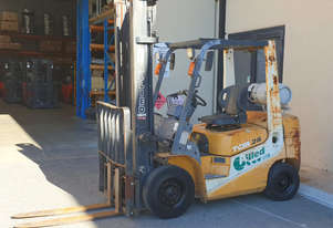TCM 2170kg LPG Forklift with 4350mm Two Stage Mast (Looks Rough, Runs Well)