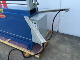 Powered 1300mm x 1.6mm Pinch Rollers Swing Out End - picture7' - Click to enlarge