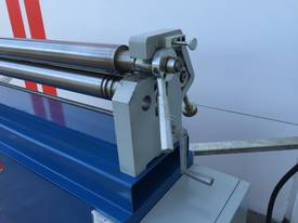 Powered 1300mm x 1.6mm Pinch Rollers Swing Out End - picture9' - Click to enlarge