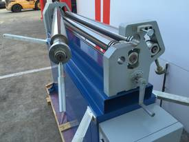 Powered 1300mm x 1.6mm Pinch Rollers Swing Out End - picture17' - Click to enlarge