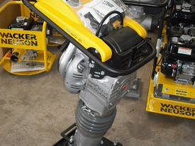 Wacker Neuson BS60-2i Leg Rammer - picture3' - Click to enlarge