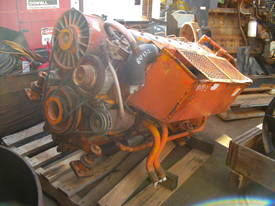 deutz f6L-912 , 6cyl air cooled deisel , max120hp  - picture1' - Click to enlarge