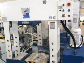ACCUPRESS 160T WORKSHOP PRESS | HYDRAULIC | MOVABLE HEAD | ANTI PAINT SCRATCH DEVICE   - picture1' - Click to enlarge