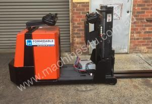 BT  Electric Counterbalance Forklift