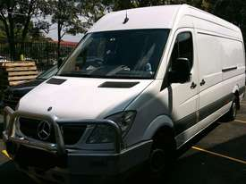 VAN HIRE $100 p/d - picture0' - Click to enlarge