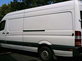 VAN HIRE $100 p/d - picture1' - Click to enlarge