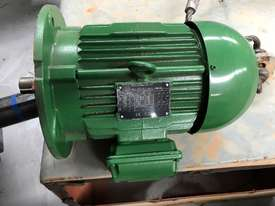 1.5kw 6 pole 955 rpm WEG AC Electric Motor - picture0' - Click to enlarge