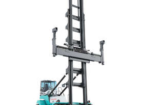 Konecranes 8 Tonne Empty Container Handler - picture0' - Click to enlarge
