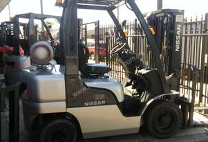 Nissan Forklift L02 2.5 Ton 4.3m Lift Container Entry Late Model