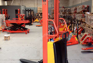 1.5T Semi-Electric Walkie Stacker/Lifter Lifte Height 1600mm