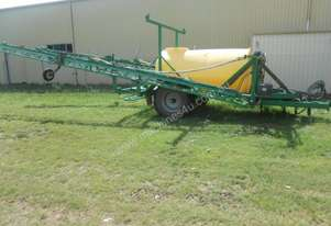 Universal Custom 24M Boom Spray Sprayer