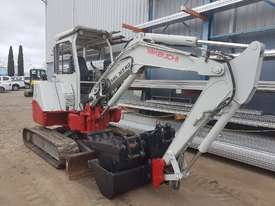 USED TAKEUCHI TB138FR EXCAVATOR WITH LOW HOURS - picture13' - Click to enlarge