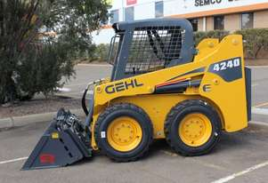 Gehl   4240 Skid Steer Loader