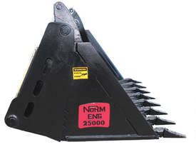 New Norm Engineering 4-in-1 Bucket for ASV-RT30 Skid Steer - picture2' - Click to enlarge