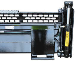 New Norm Engineering 4-in-1 Bucket for ASV-RT30 Skid Steer - picture4' - Click to enlarge