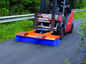 Tuchel Solo Bucket Broom Angle Road Sweeper for Forklifts and Excavators - picture2' - Click to enlarge