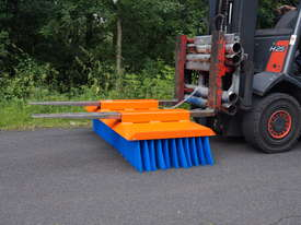 Tuchel Solo Bucket Broom Angle Road Sweeper for Forklifts and Excavators - picture3' - Click to enlarge