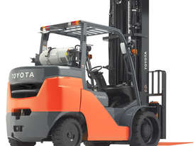 Toyota 3.5 - 4.5 Tonne Tonne Gas/LPG Cushion Tyre Forklift - picture0' - Click to enlarge
