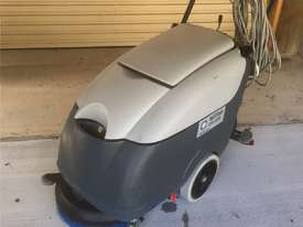 Nilfisk Electric Scrubber CA410  - picture0' - Click to enlarge